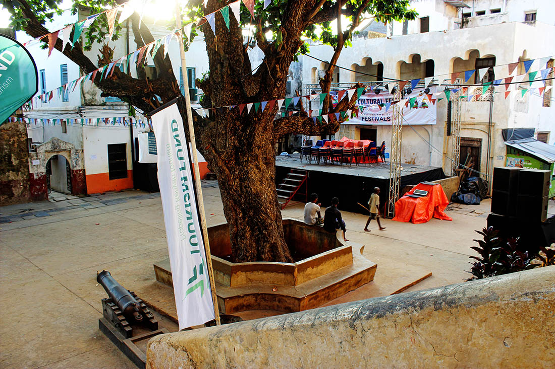 Lamu Town_Mkunguni square