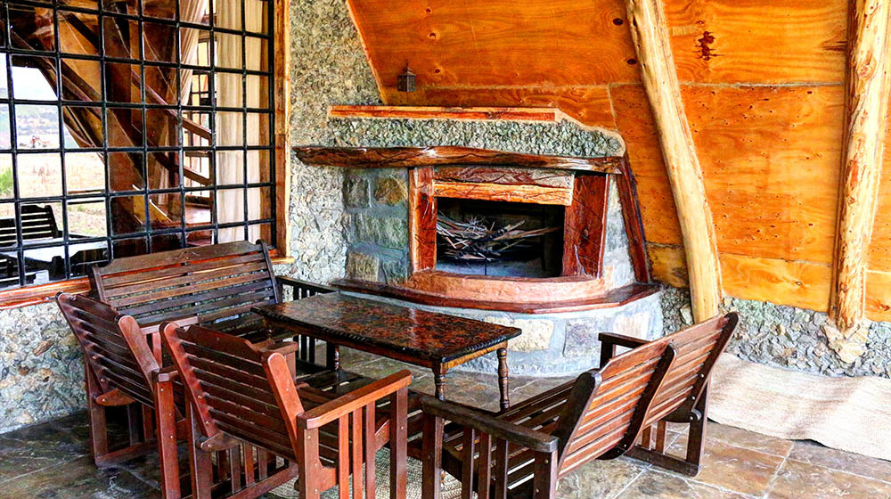 Samawati Conservancy_Deluxe cabin fireplace