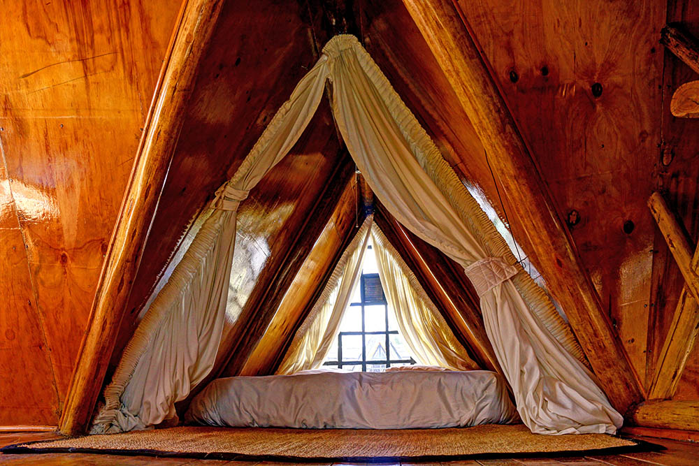 Samawati Conservancy_Standard cabin bedroom