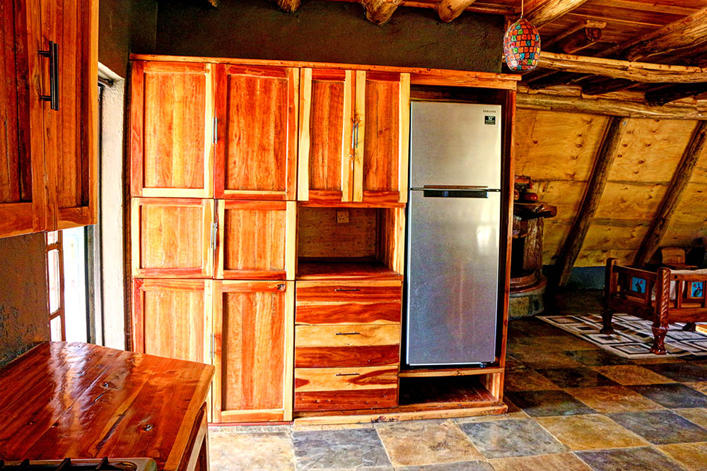 Samawati Conservancy_deluxe cottage fridge