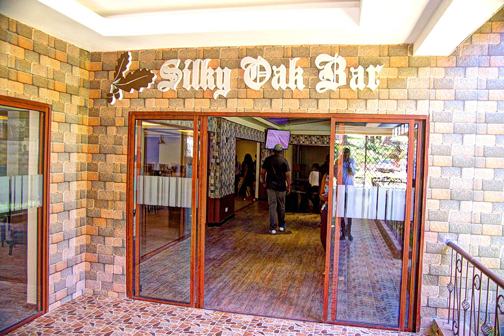 Panari Resort_Silky Oak Bar