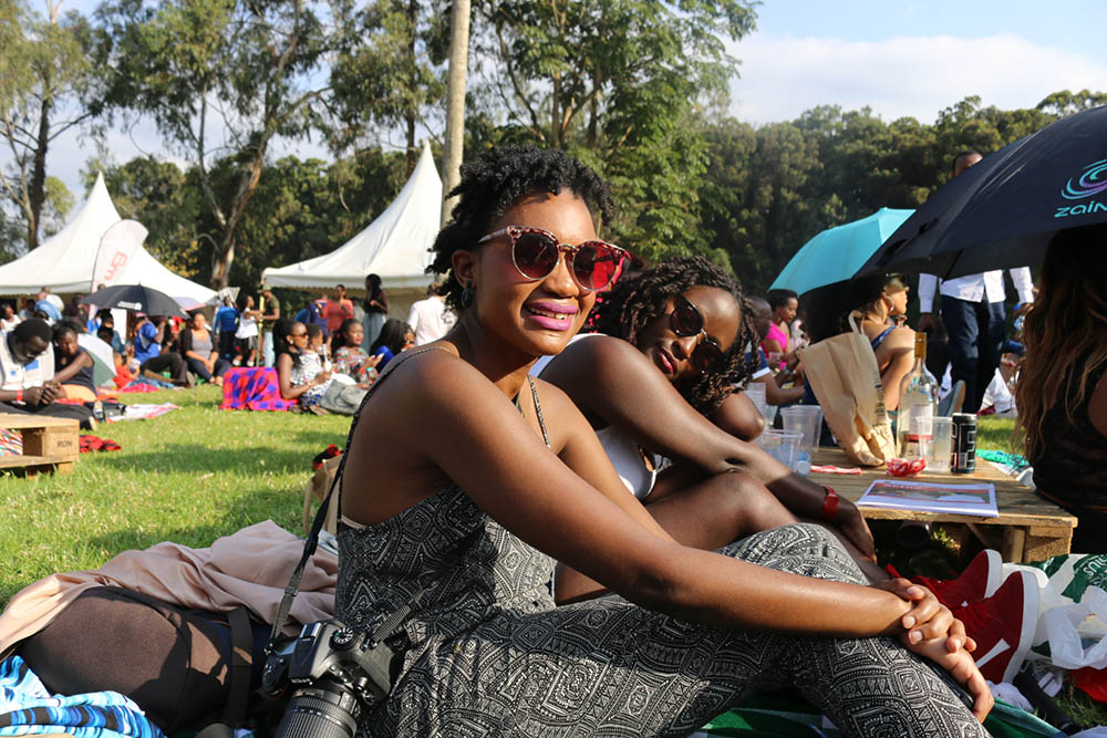 Blankets and Wine July 2016_Crowd2
