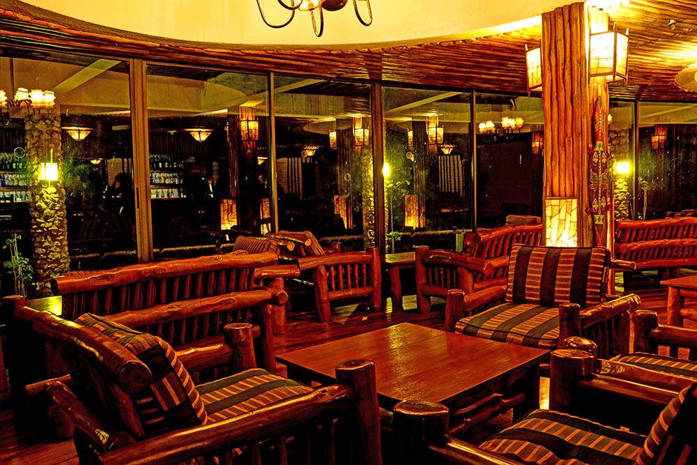 sarova-salt-lick-game-lodge_bar1