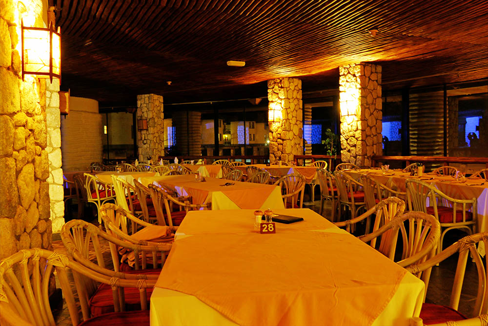 sarova-salt-lick-game-lodge_restaurant2