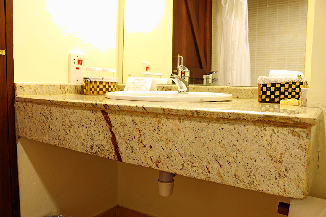 sarova-taita-hills-game-lodge_bathroom-sink