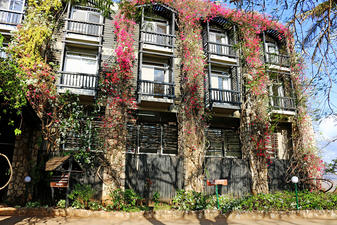 sarova-taita-hills-game-lodge_exterior