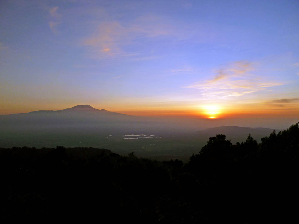 mt-meru_sunrise-2
