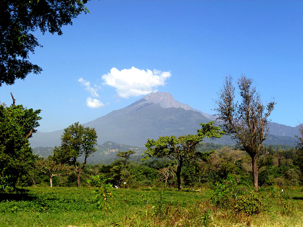 mt-meru_view