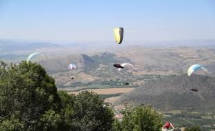 Mercimektepe Uluslararası Cross Country Yamaç Paraşütü Uzun Mesafe Yarışması Başladı
