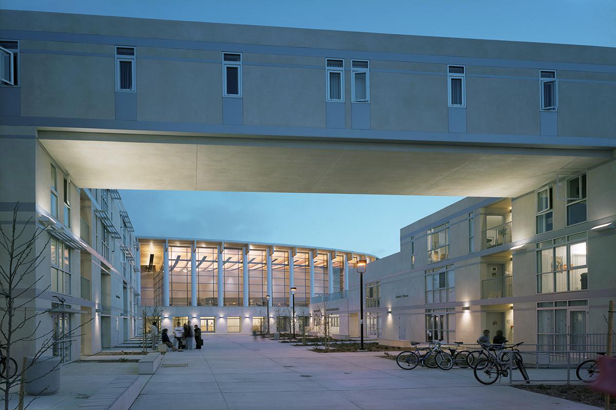 Eleanor Roosevelt College Safdie Rabines Architects