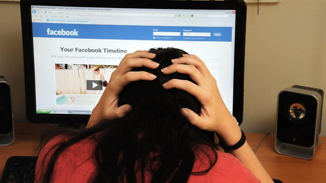 319145-cyber-bullying