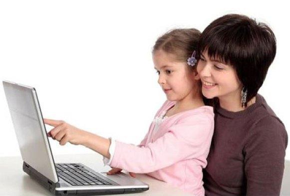 mum-child-internet