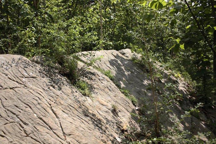 gunung watu prau katen solo