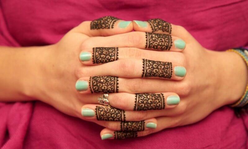 henna tangan sederhana dan mudah