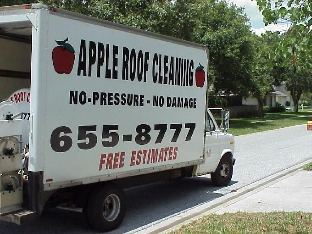 Non Pressure Roof Cleaning Truck