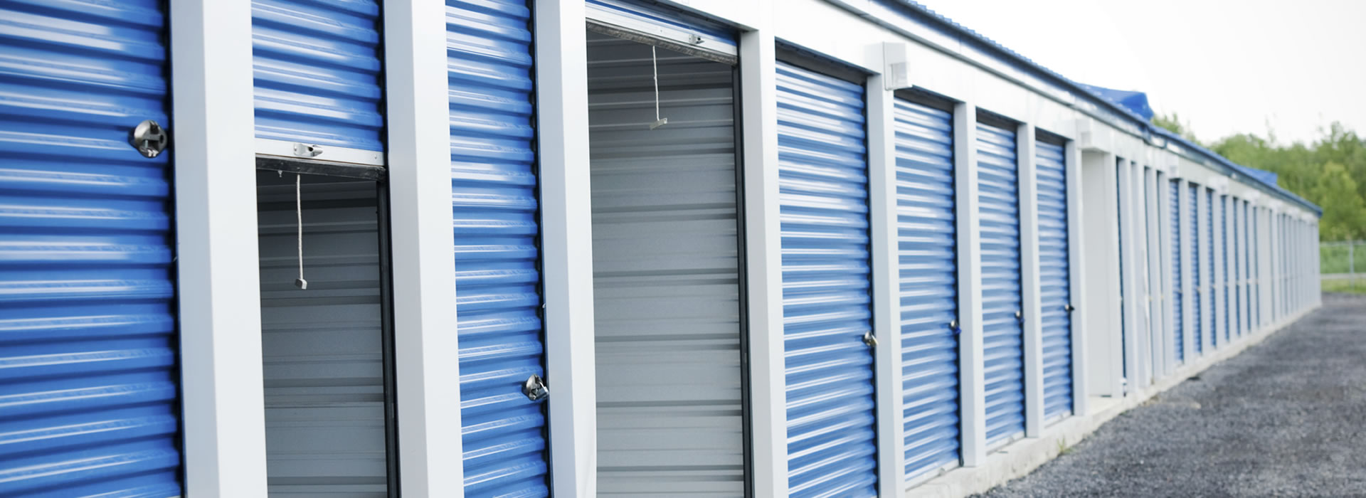Just log on to //.safeselfstoragecalgary.ca and get associated with a top ranked safe self-storage facility which has been operational since a long ... & Calgary Storage Units Secure Self Storage Calgary Storage Space in ...