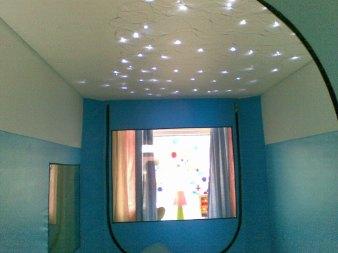 Simon's safespace fibreoptics on roof