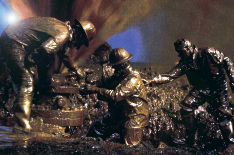 dirty-oil-crew