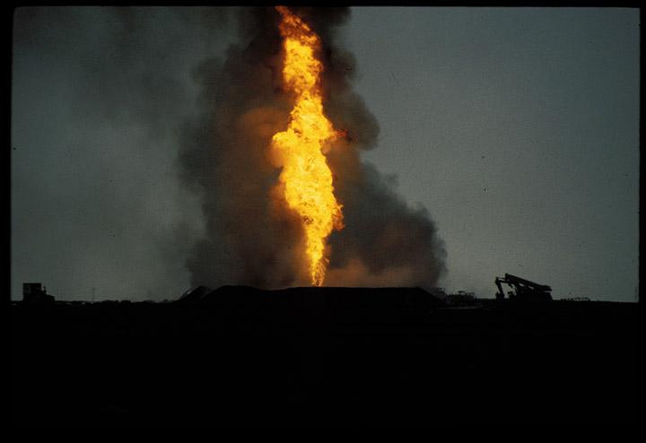 Q8-fires228