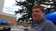 Corey Dool volunteering at Metis Region 3