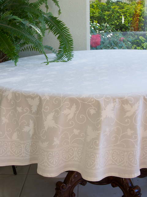A Sophisticated Dining Table In Creams And Golds Saffron