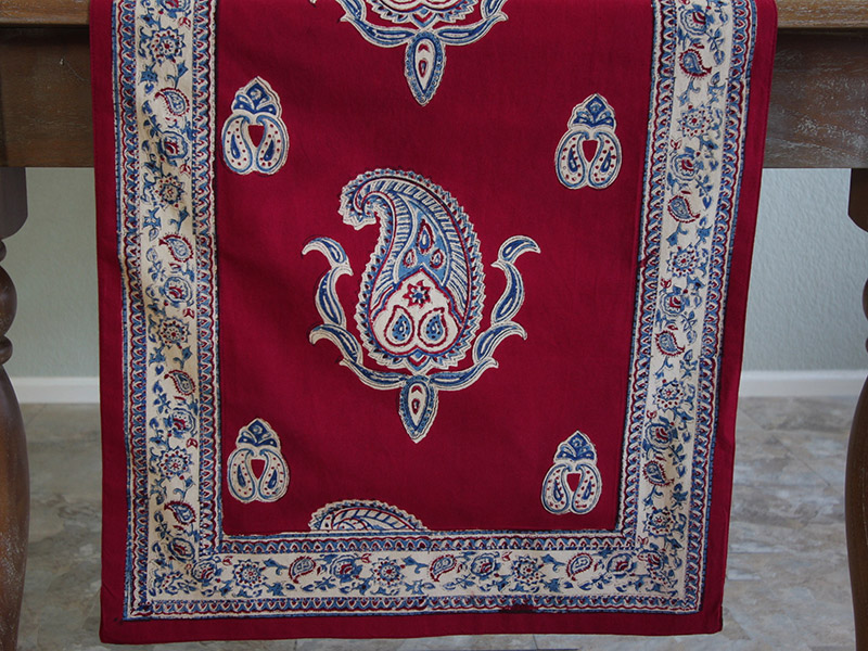 dp_paisley_vintage_red_blue_table_runner_border