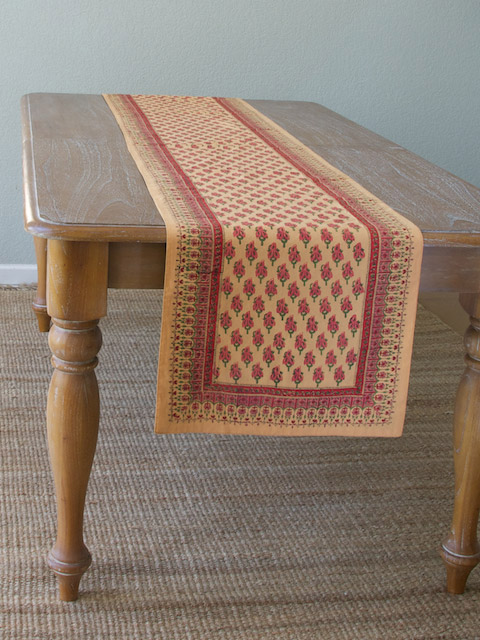 Your Fall Dining Room Can Be A Natural Beauty Saffron