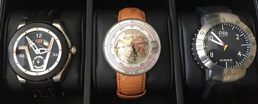 Un Inusual Trío De Relojes