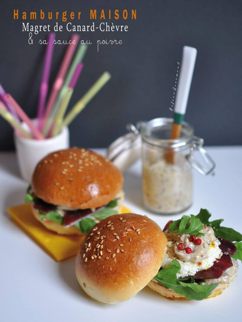 Hamburger MAISON : Magret de Canard - Chèvre & Sauce au Poivre