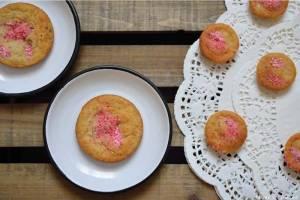 Cookies aux Noix de Pécan, Pignons & Pralines Roses