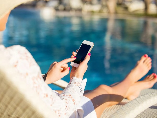 5 tips to cut the cost of using your mobile abroad - Saga