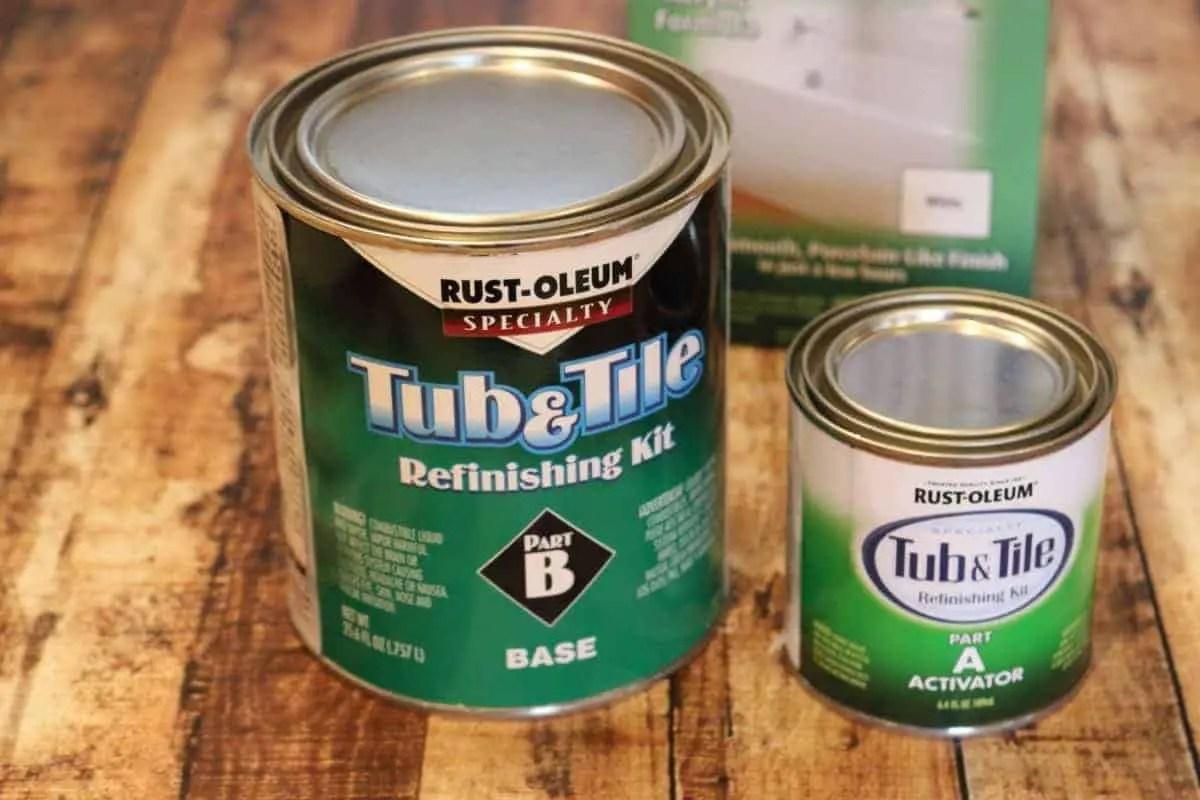Rust-oleum Tub & Tile Refinishing kit cans