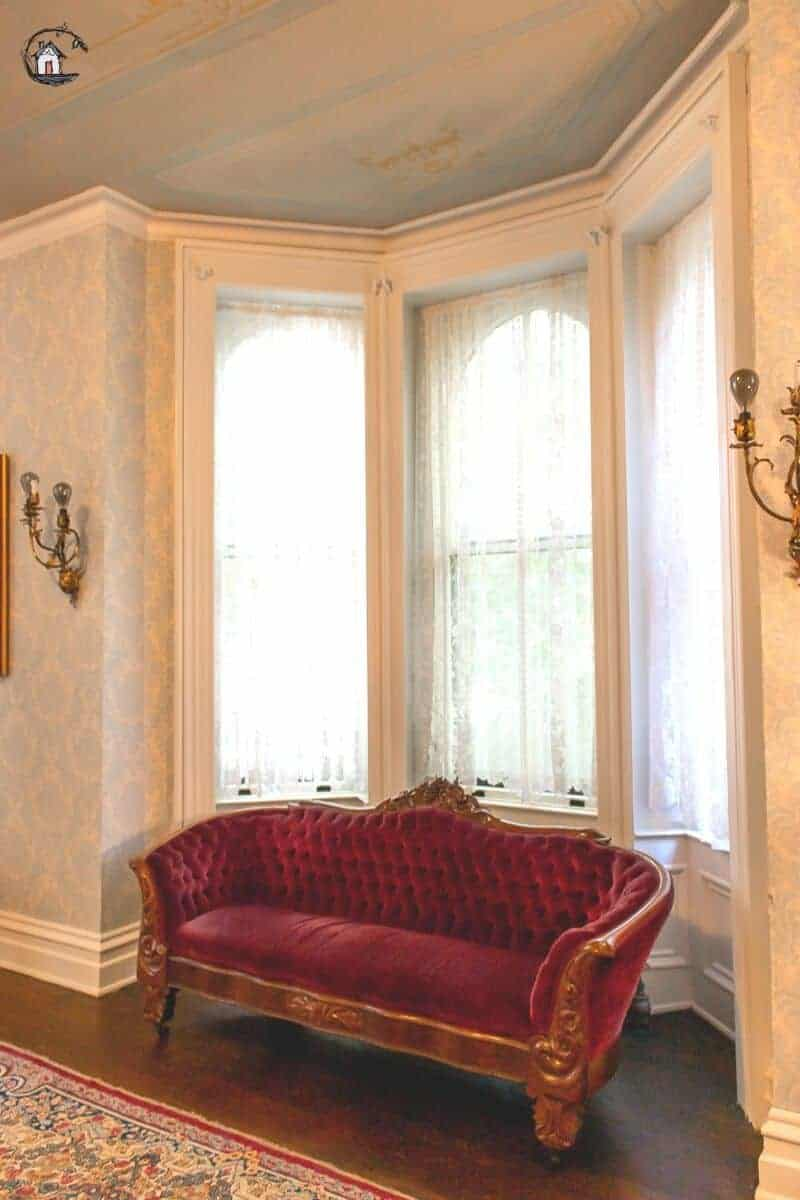 Photo of the bay window in the Parlor of the Vrooman Mansion.