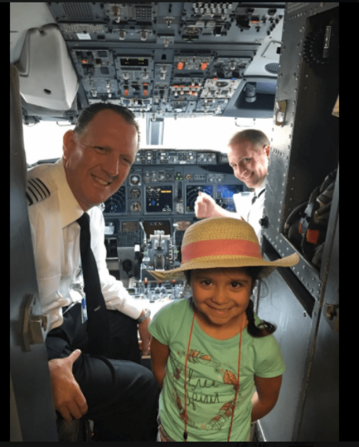 5-Year-Old Girl Travels Alone on A Long Flight