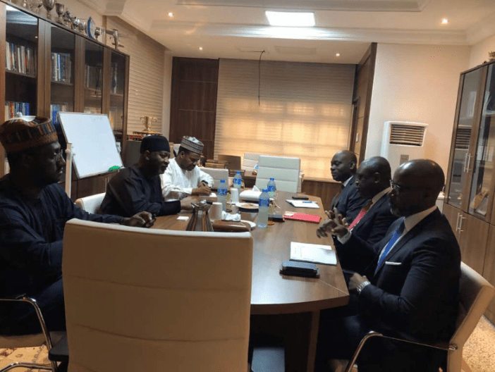 Nigeria Air: Aviation Minister Meets With Potential Investors
