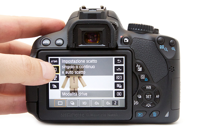 650d-display-touch