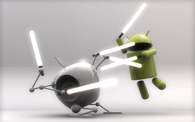 Corsa a due: il 99,6% degli smartphone venduti ha Android o iOS preinstallato