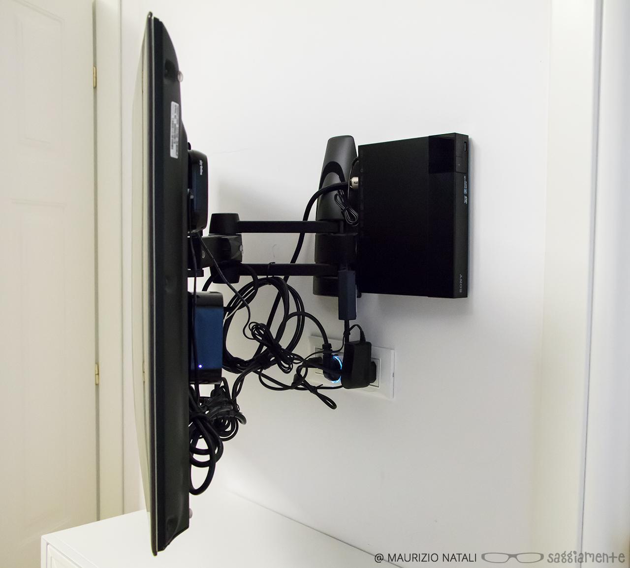 Ipse trix it set top box che spariscono dietro il tv ma for Nascondere cavi tv