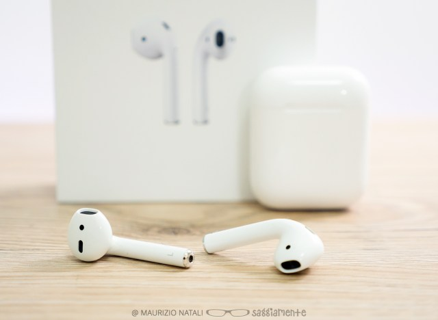 apple-airpods-11