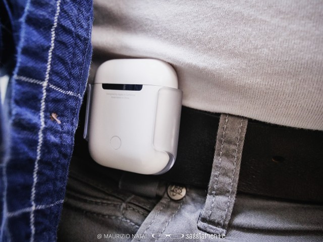 airpods-clip-8