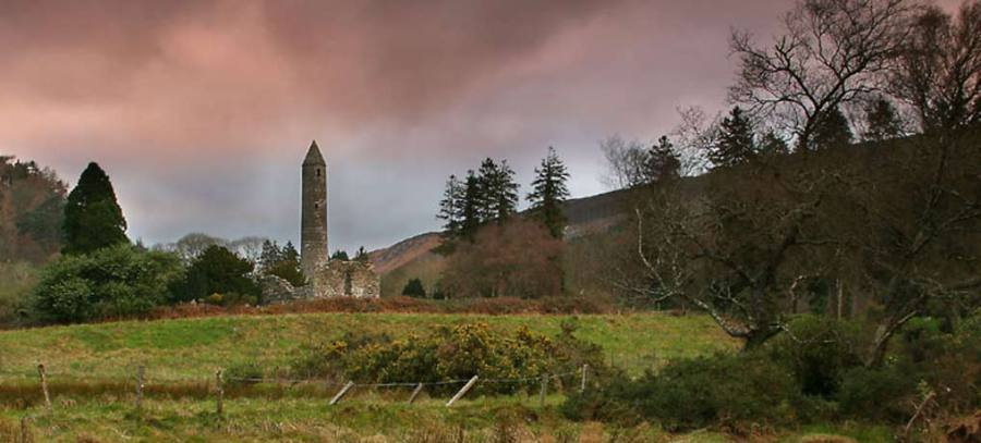 torre circolare Irlanda Glendaloguh