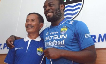 Ex-Chelsea star Michael Essien signs for Indonesian club Persib Bandung
