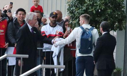 Manchester United squad vs Everton revealed as Luke Shaw returns