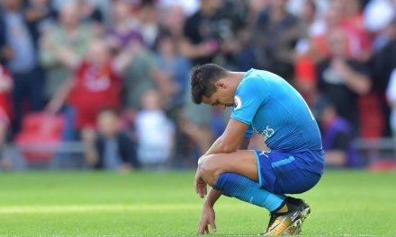 Man City to offer Raheem Sterling, cash for Alexis Sanchez