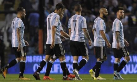 Argentina still clinging to 2018 World Cup hopes after shocking Peru draw