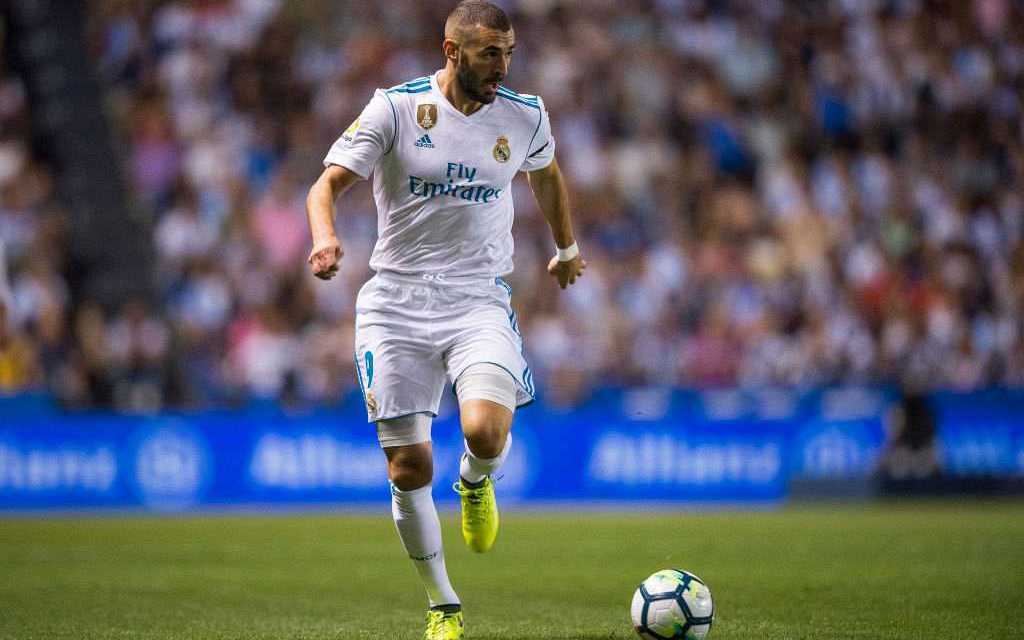 Zinedine Zidane tells Real Madrid fans to show Karim Benzema more support