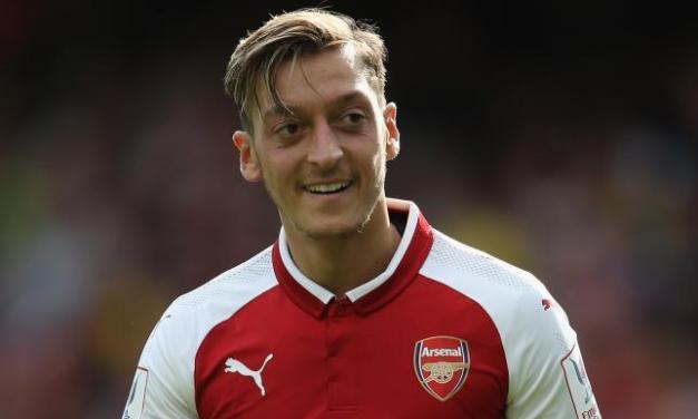 Ozil Signs 3 And Half Year Deal To Remain At Arsenal Till 2021