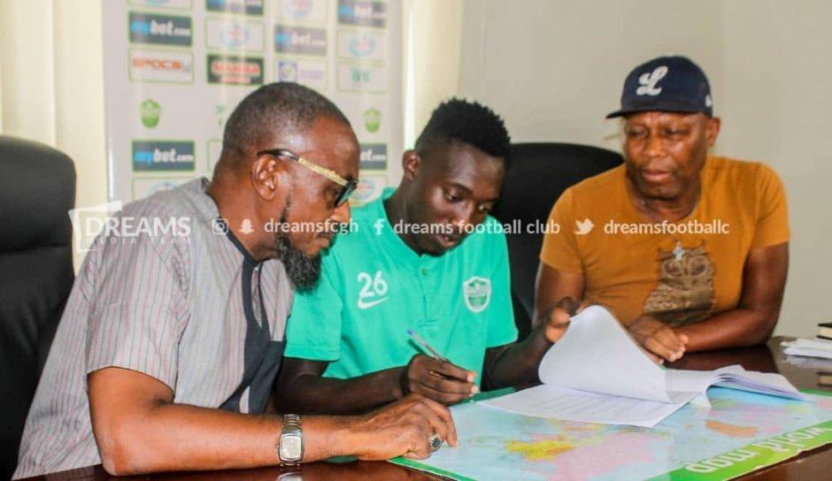 Dreams FC complete signing of striker Prince Okraku