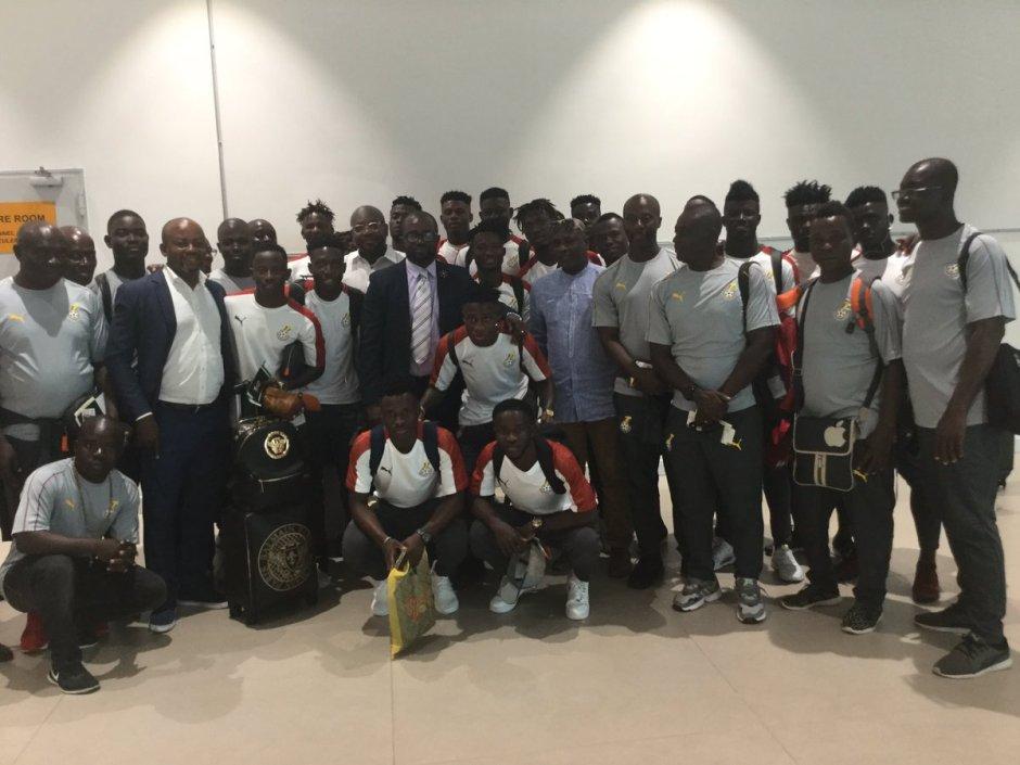 GFA Kurt Okraku meet Black Meteors team before departure to Egypt