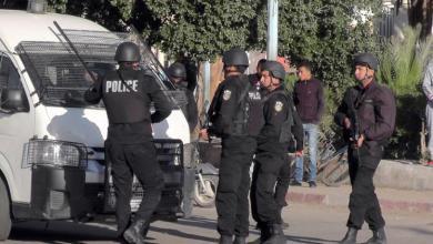 Photo of تونس.. الأمن يعتقل عناصر مسلحة